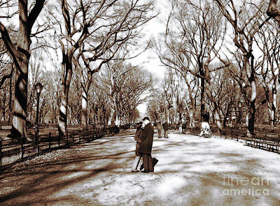 Central Park Kiss Print by John Rizzuto