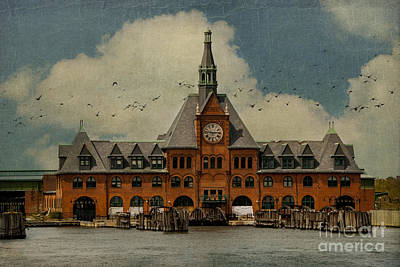 Central Railroad Of New Jersey Print by Juli Scalzi