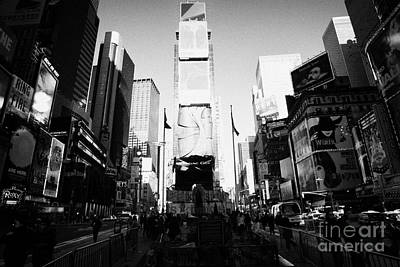 Centre Of Times Square In Daytime New York City Print by Joe Fox