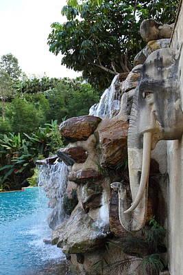 Asia Photograph - Chang Sculpture - Panviman Chiang Mai Spa And Resort - Chiang Mai Thailand - 01132 by DC Photographer
