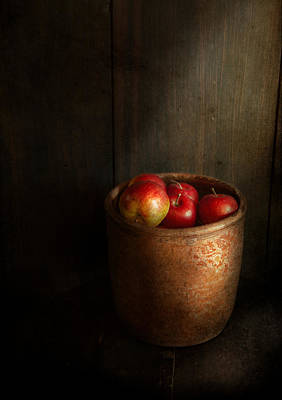 Room Photograph - Chef - Fruit - Apples by Mike Savad
