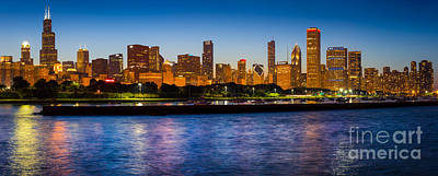 Chicago Skyline Print by Inge Johnsson