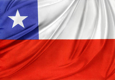 Chile Flag  Print by Les Cunliffe