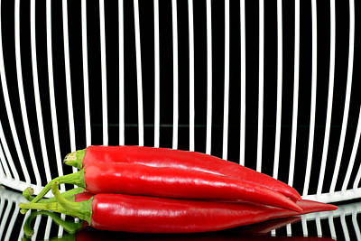 Chilli Pepper And Grid Original by Toppart Sweden