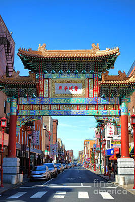 Phillies Photograph - Chinatown Friendship Gate by Olivier Le Queinec