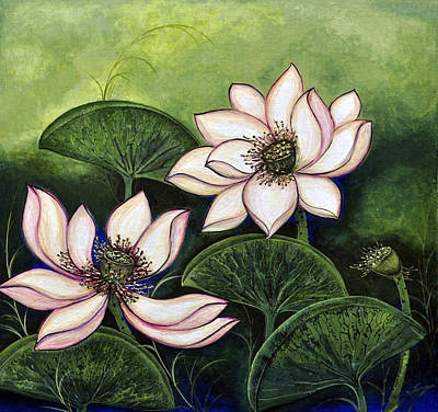 Lotus Leaves Painting - Chinese Lotus With Gold Pollen by Sucheta Misra
