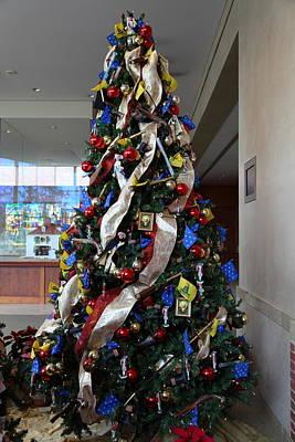 Christmas Display - Mt Vernon - 01134 Print by DC Photographer