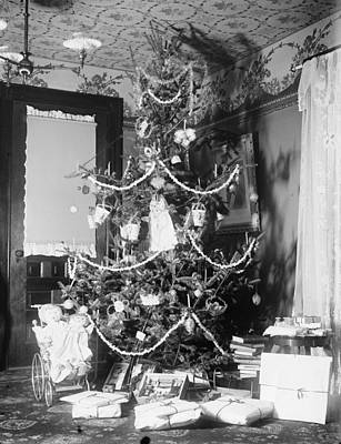 1890 Houses Painting - Christmas Tree, C1900 by Granger