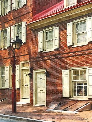 City Photograph - Cities - Philadelphia Brownstone by Susan Savad