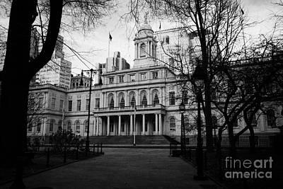 City Hall In City Hall Park New York City Print by Joe Fox