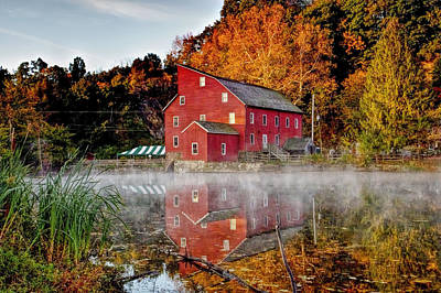 Clintons Historic Red Mill Print by Geraldine Scull