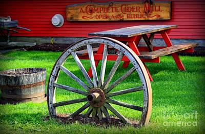 Vermont Country Store Photograph - Cold Hollow Cider Mill by Patti Whitten