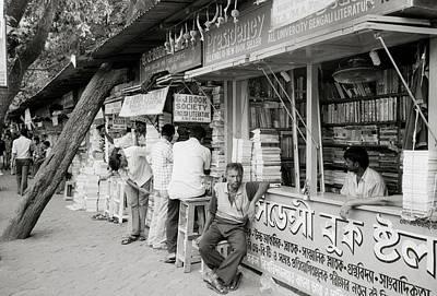 College Street Calcutta  Print by Shaun Higson