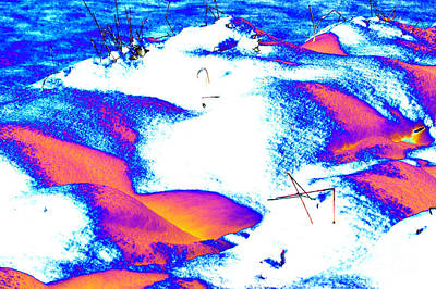 Abstract Forms Digital Art - Colourful Snow by Carol Lynch
