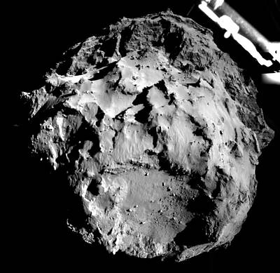 Phila Photograph - Comet Churyumov-gerasimenko From Philae by Esa/rosetta/philae/rolis/dlr