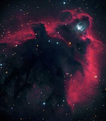 Stellar Photograph - Cometary Globule Ldn 1622 In Orion by Robert Gendler