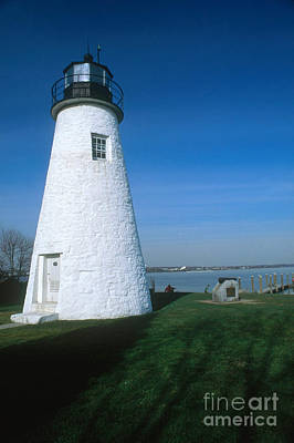 Concord Point Lighthouse Print by Bruce Roberts