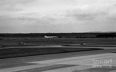 Concorde Landing Print by Thomas Marchessault