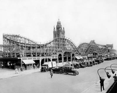 Roller Coaster Photograph - Coney Island - Bobs Tornado Roller Coaster by MMG Archives