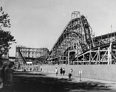 Roller Coaster Photograph - Coney Island - Cyclone Roller Coaster by MMG Archives