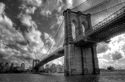 Brooklyn Photograph - Connect by Johnny Lam
