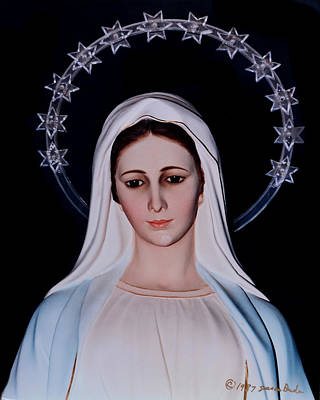 Contemplative Our Lady Queen Of Peace  Print by Susan Duda