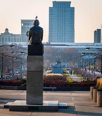 Photograph - Copernicus Watches Over Chicago by Cliff C Morris Jr