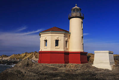 Coquille River Lighthouse 2 Print by Mark Kiver