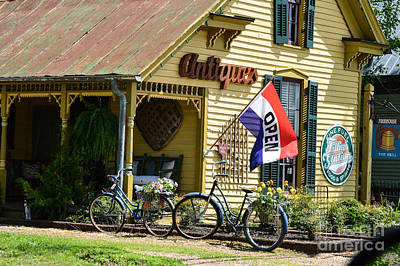 Leipers Fork Photograph - Country Antiques by Julie Penney