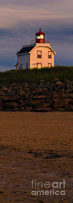 Cousins Photograph - Cousin's Shore Lighthouse Pei by Edward Fielding
