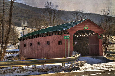 Bennington Photograph - Covered Bridge - West Arlington Vt by Joann Vitali