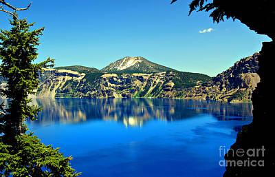 Crater Lake Oregon Print by Leslie Kirk