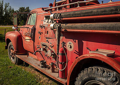 Crawford Fire Engine Print by Janice Rae Pariza