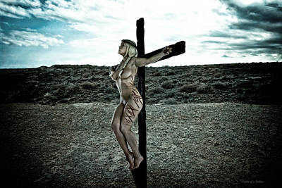 Crucified Photograph - Crista Nordica by Ramon Martinez