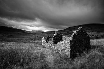Crofters Cottage Ruin Print by Dave Bowman