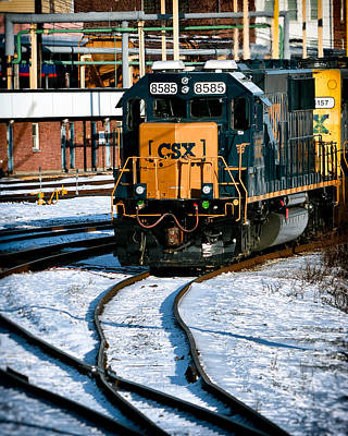 Railroad Photograph - Csx 8585 Locomotive At The Ready by Bill Swartwout