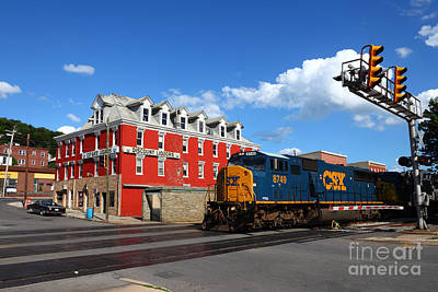Of Liquor Photograph - Csx Diesel Train At Cumberland by James Brunker