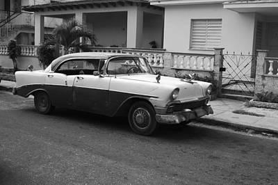 Cuban Car Print by Norman Pogson