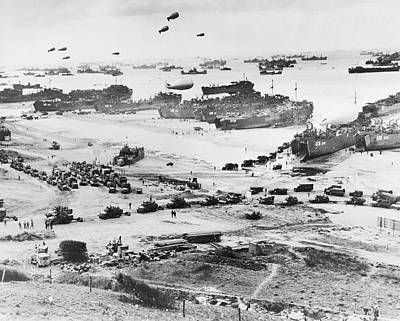 D-day Landings Beachhead Print by Library Of Congress