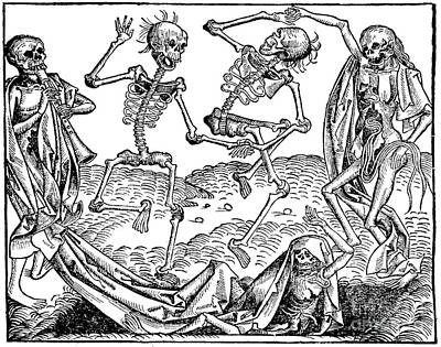 1493 Photograph - Danse Macabre 1493 by Photo Researchers