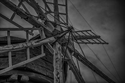 Old Mills Photograph - Davidson Windmill by Paul Freidlund