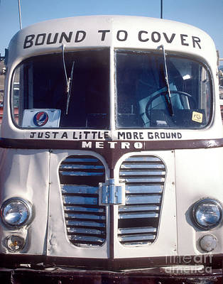 Jerry Garcia Band Photograph - Dead Tour Bus by Chuck Spang