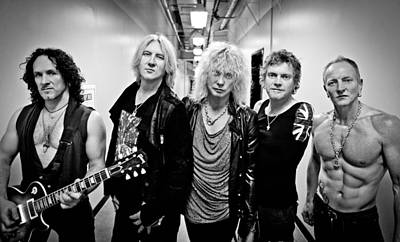 Def Leppard - Mirrorball Tour 2011 B&w Print by Epic Rights