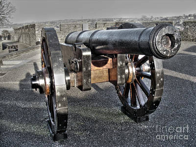 Ireland Photograph - Derry Walls Cannon by Nina Ficur Feenan
