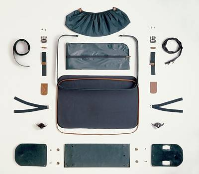 Disassembled Canvas Suitcase Print by Dorling Kindersley/uig