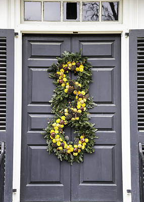 Flower Photograph - Doors Of Williamsburg 34c by Teresa Mucha