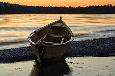 Lubec Photograph - Dory At Dawn by Marty Saccone
