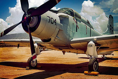 Oldzero Photograph - Douglas A-1 Skyraider by Steve Benefiel