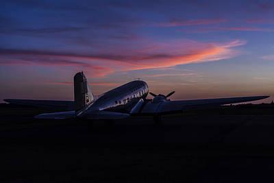 Murray Kentucky Photograph - Douglas Dc-3 Sunrise by Amber Kresge