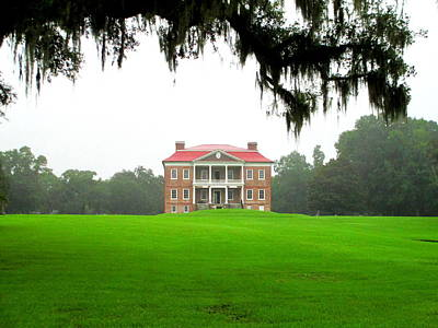 Drayton Hall Approach Print by Randall Weidner